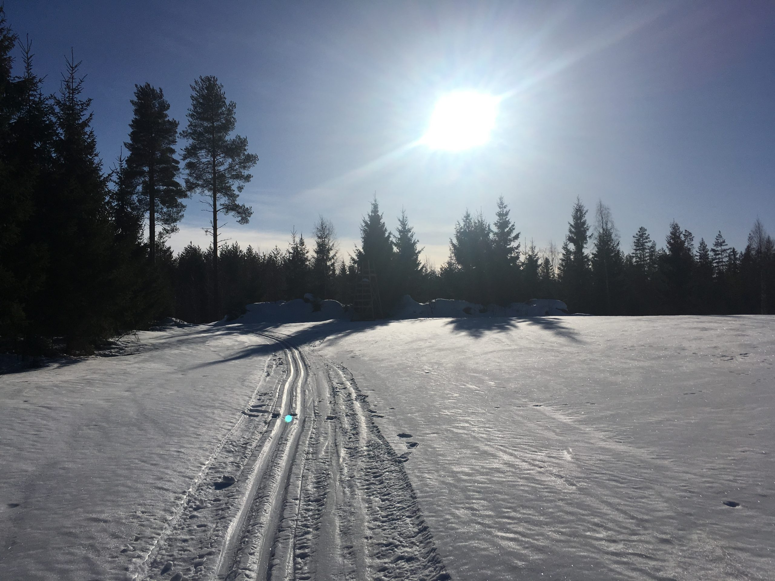 Luistelemaan ja hiihtämään Airakselaan!